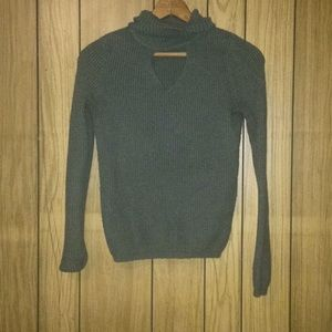 Hollister Olive Green Turtle Neck